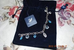Swarovski Bracelet - Retired (Clear/Blue) in Grafenwoehr, GE